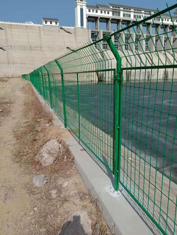 水源地隔离网
