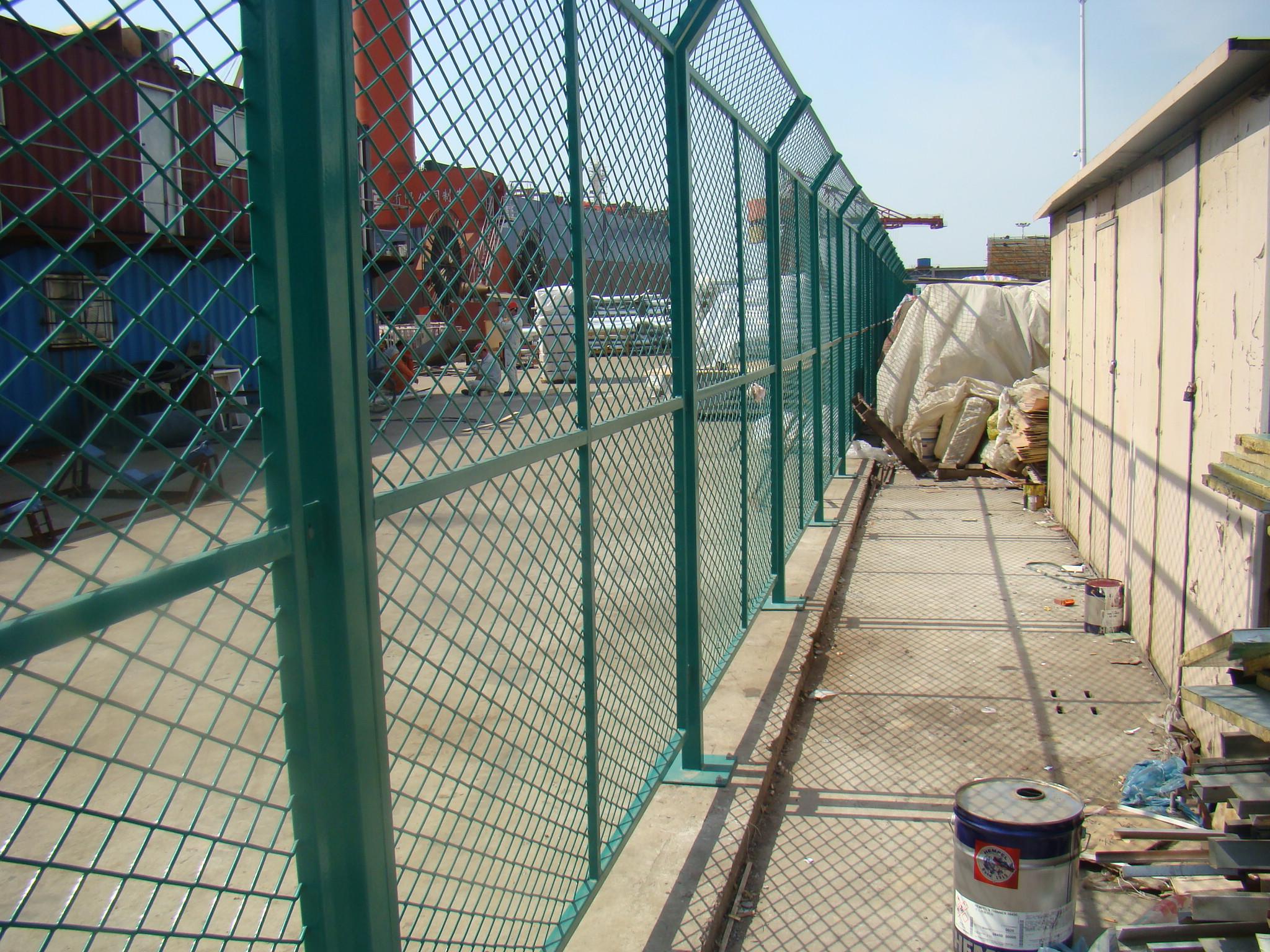金属隔离围网